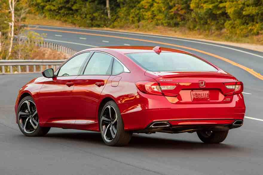 2019 Honda Accord: New Car Review