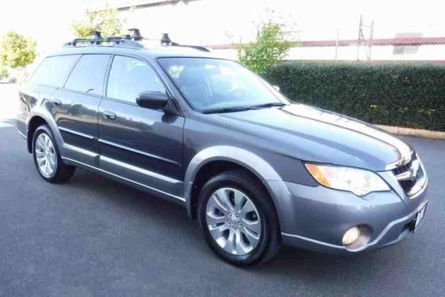 2005-2009 Subaru Outback vs. 2007-2011 Honda CR-V: Which Is Better?