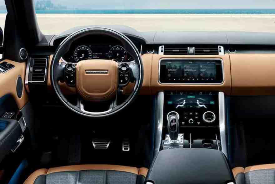 2018 Range Rover Velar vs. 2018 Range Rover Sport: What's the Difference?